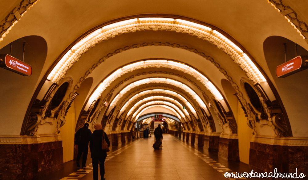 El metro de San Petersburgo